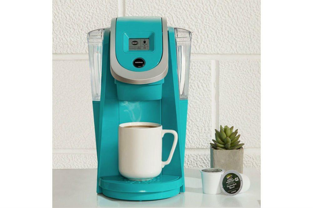Keurig 2.0 K200 Plus Brewer Review - The Ultimate Coffee Experience